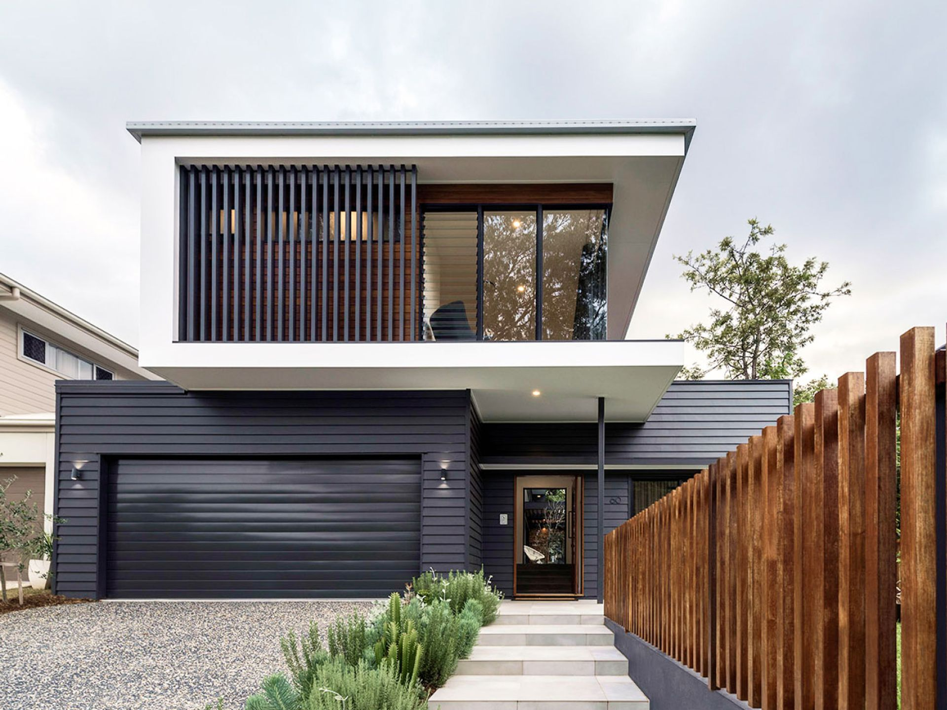Featured Look Modern Homes